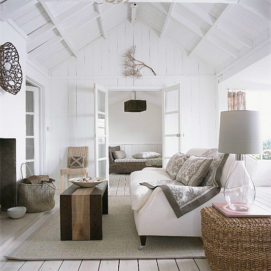 white-living-room-idea-60