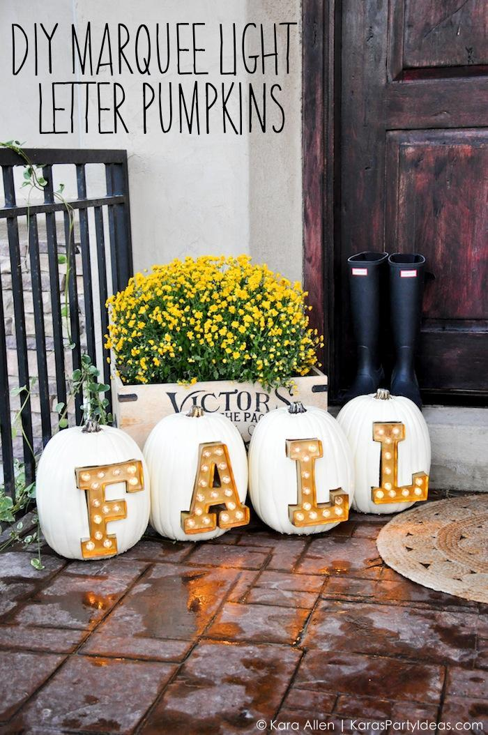 Need some fall porch decorating ideas? Here are 15 fall porch decorating ideas that are sure to inspire your fall decor! #fallporch #outdoordecor