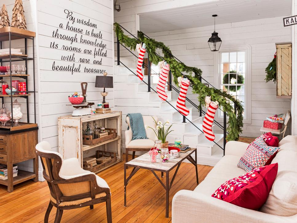 10 Quick And Easy Ways To Decorate Your Home For The Holidays