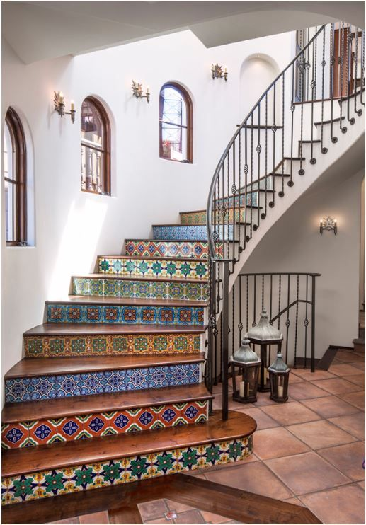 Staircases come in many Staircases come in many different shapes, colours, and sizes. Let's look at a few dramatic staircases that surely make a statement!