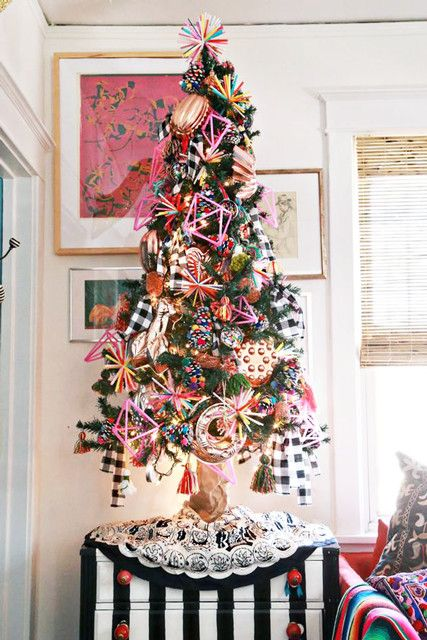 These colorful Christmas decor ideas are anything but traditional red and green. Get inspired with these colorful christmas decor ideas that anyone can achieve!